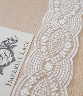 Ivory embroidery lace trimming