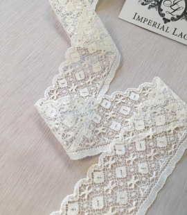Ecru cotton lace trimming