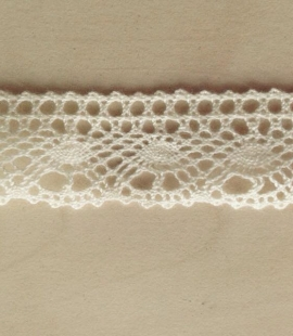 Macrame cotton offwhite lace trimming