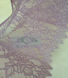 Light lilac lace trim