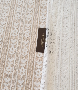 Off white 100% polyester lines and floral pattern chantilly lace fabric