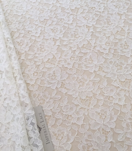 Offwhite lace fabric