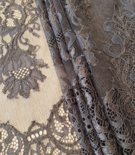Greyish brown floral pattern chantilly lace fabric