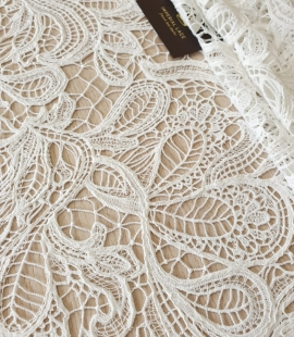 Ivory floral pattern macrame lace fabric