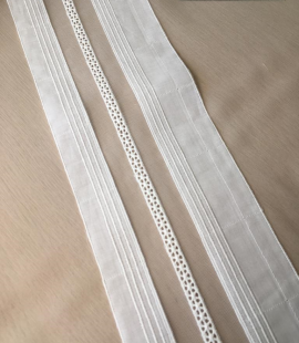 Offwhite cotton lace trimming