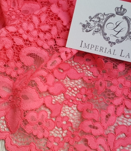 Raspberry alencon Lace Trim