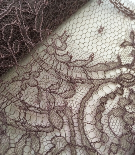 Brown Chantilly Lace Trim