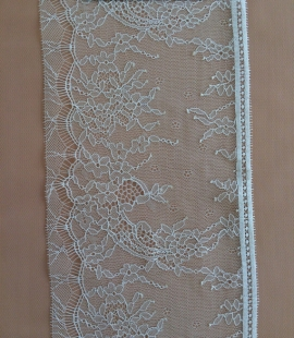 Light Nude Lace trim