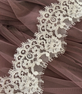 Dark Ivory Lace Trim