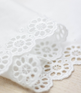 Off white floral embroidery on cotton lace trimming