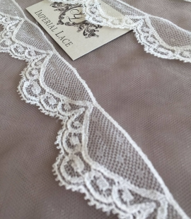 Ivory Chantilly lace trim