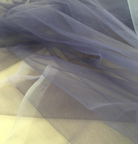 Lilac ombre tulle fabric. Photo 5