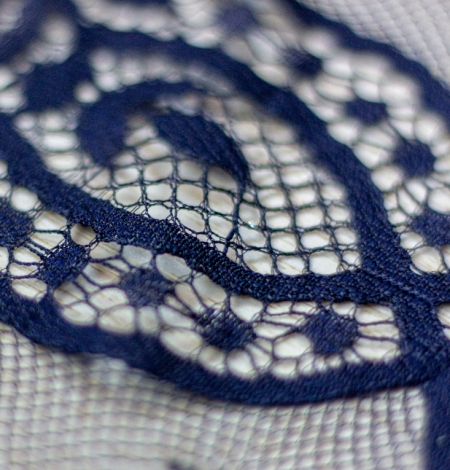 Dark blue floral pattern chantilly lace fabric. Photo 4