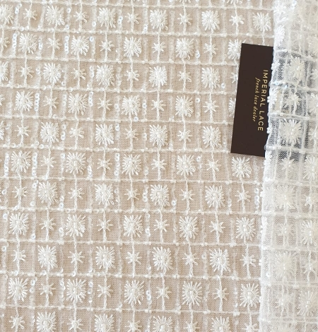 Ivory checkered floral beaded lace fabric. Photo 1