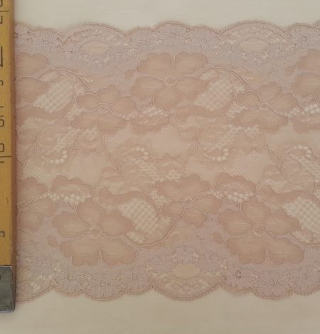 Powder Lace Trim. Photo 5