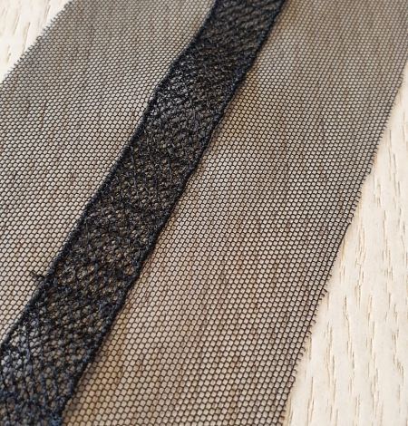 Black embroidery on tulle lace trimming. Photo 2