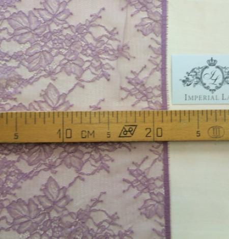 Light lilac lace trim. Photo 5