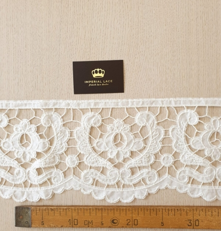 Ivory 100% cotton thicker thread guipure lace trimming. Photo 6