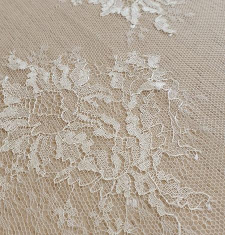 Ecru lace fabric. Photo 5