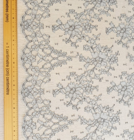 Grey natural chantilly lace fabric by Jean Bracq. Photo 8