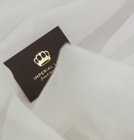 Ivory silk organza fabric . Photo 4