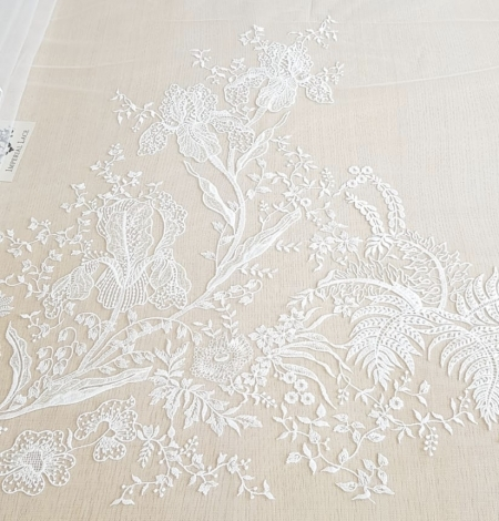 Imperial Lace floral organic embroidery on tulle fabric. Photo 9