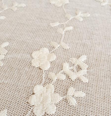 Ecru embroidery lace fabric. Photo 3