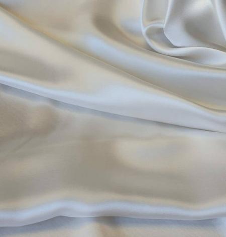 Ivory silk satin fabric. Photo 5
