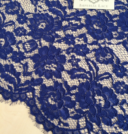 Royal blue floral guipure lace fabric. Photo 2