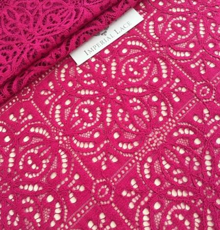 Fuchsia pink lace. Photo 3