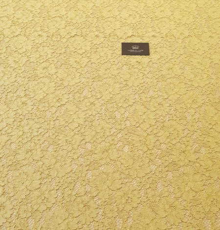 Pistachio green guipure lace fabric. Photo 7