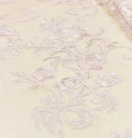 Old rose floral pattern embroidery with sequin on tulle fabric. Photo 2