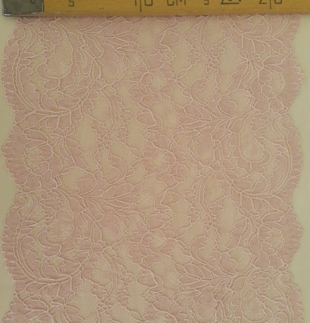 Pink elastic lace trim. Photo 4