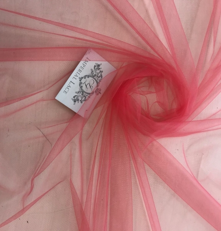 Raspberry red tulle fabric. Photo 5
