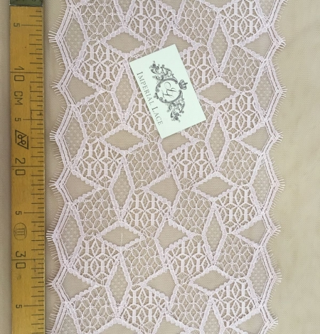 Light purple Lace trim. Photo 5