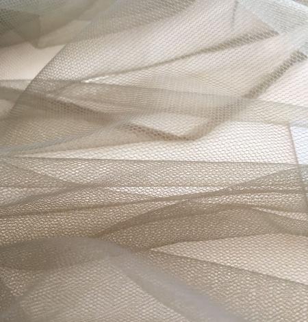 Khaki tulle fabric. Photo 8