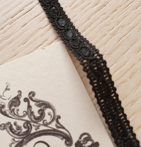 Black macrame lace trimming. Photo 1
