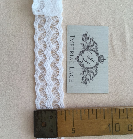 White lace cotton trim. Photo 7