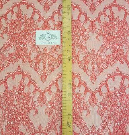 Red lace fabric. Photo 5
