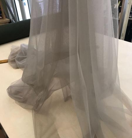 Pistachio tulle fabric. Photo 8