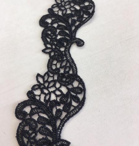 Black macrame lace trim. Photo 7