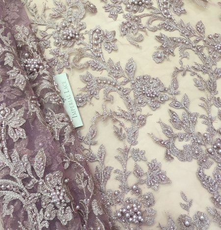 Light pink flowers lace fabric 3D. Photo 1