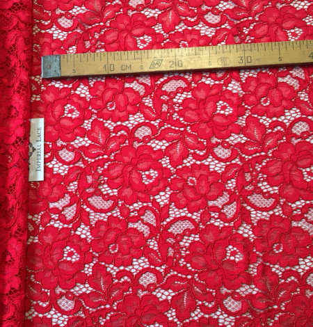 Red lace fabric. Photo 9
