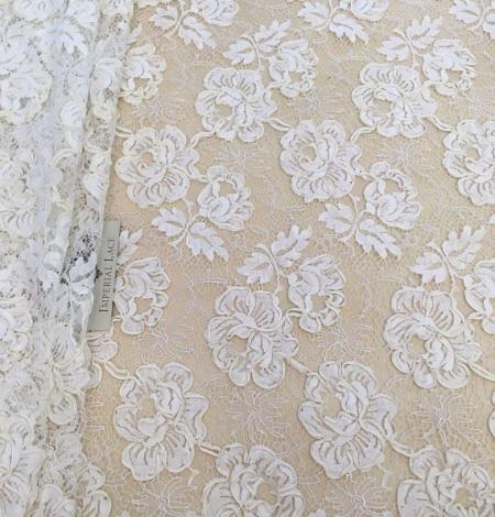 Ivory French lace fabric. Photo 1