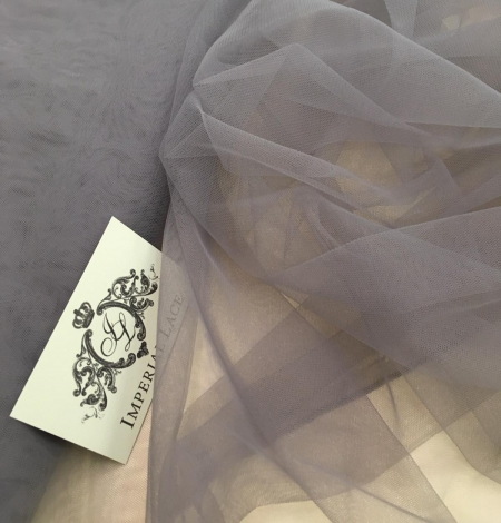 Soft grey tulle fabric with lilac shade. Photo 7