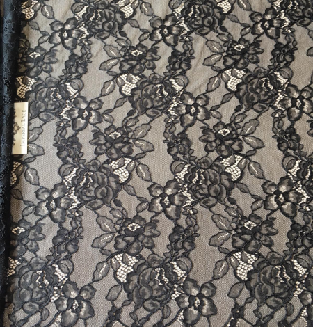 Black floral pattern lace fabric . Photo 3