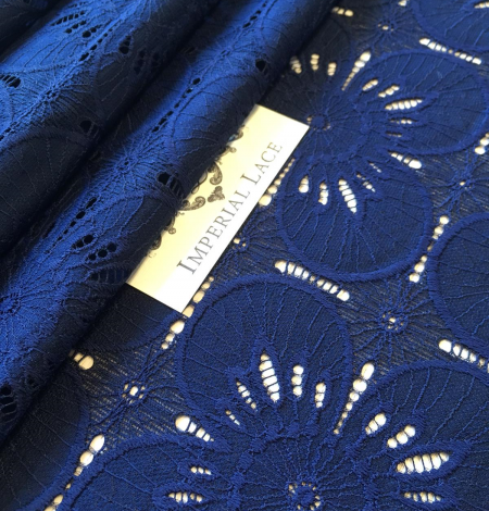 Dark blue floral pattern guipure lace fabric . Photo 2