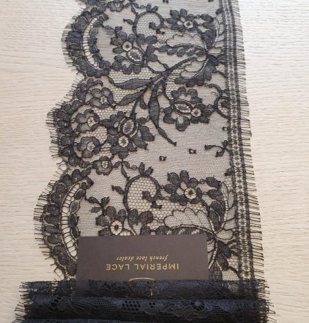 Black chantilly cotton lace trimming by Jean Bracq. Photo 5