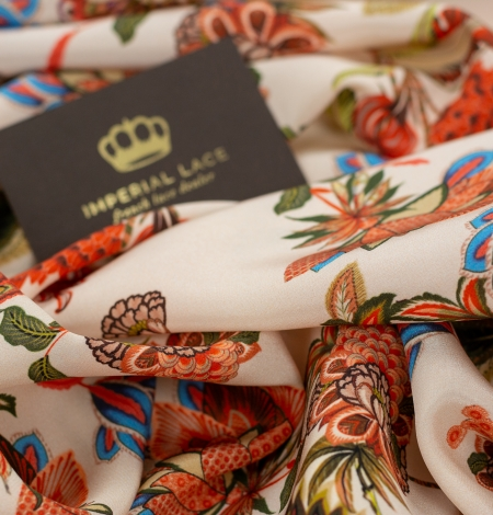Multicolor floral printed silk crepe fabric. Photo 7