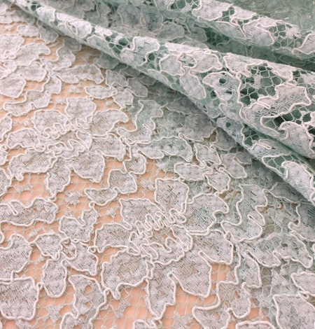 Mint green lace fabric. Photo 4
